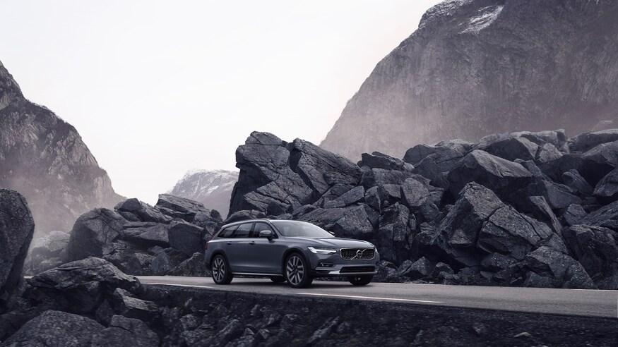2021 Volvo XC 90 T5 AWD Momentum    7,500/yr    36 mo