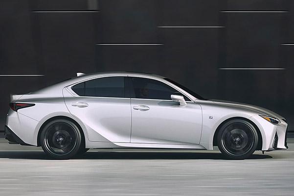 2021  Lexus  IS 300     36m/5,000yr